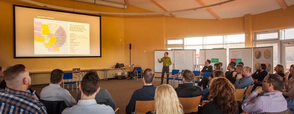 Seminar zum Thema Wertekommunikation bei dem Personaldienstleister Franz&Wach